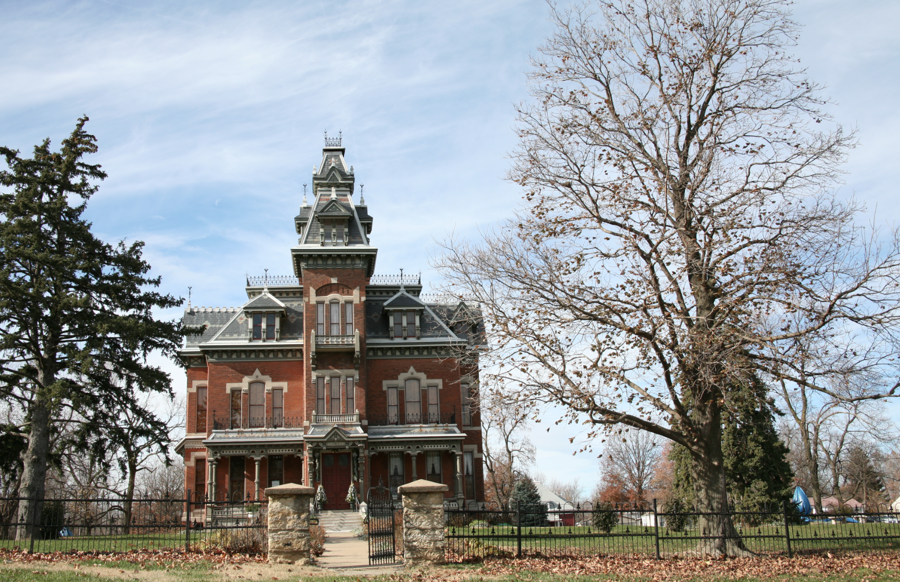 e Haunted Apartment and Two Haunted Houses in Kansas City Bryn